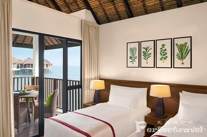 5.Family-Villa_Twin-Bedroom.jpg